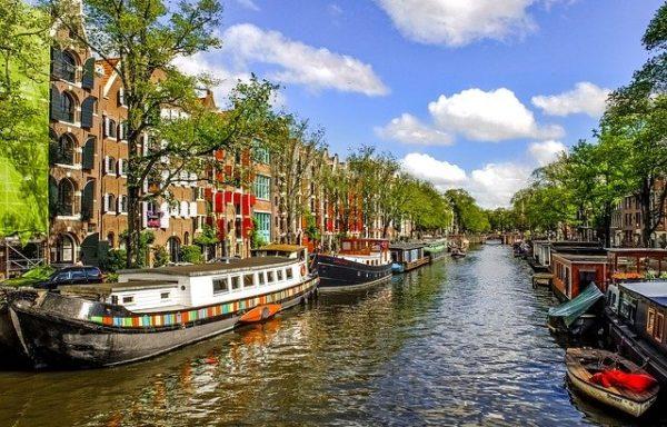Sevilla – Amsterdam